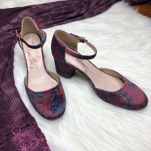 Libby Edelman Jessica  Velvet Floral Block Heels
